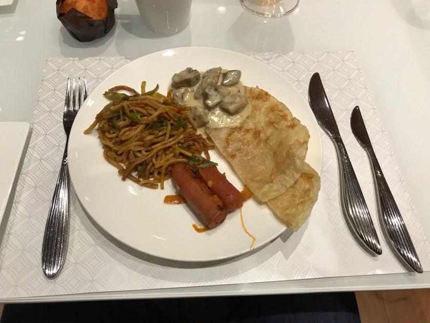 Al Mourjan Business Class Lounge Breakfast