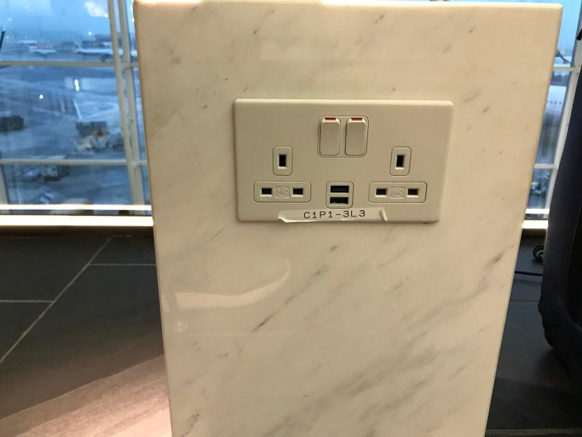 American Express Centurion Lounge Hong Kong Power Outlets