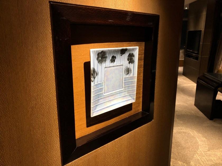 The Ritz-Carlton Hong Kong 112-15 Entryway Art