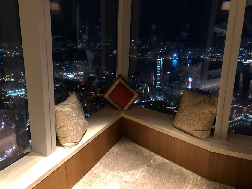 The Ritz-Carlton Hong Kong 112-15 Window Lounge