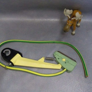 0269877-001 Ground Current Collector w Green Cable 0269877-001 Wampfler