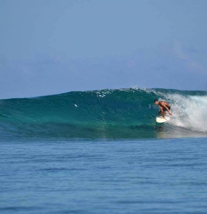 Cours de surf à Tahiti avec Mo'o Surf School - surf classes in Tahiti