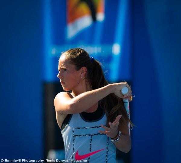 WTA St. Petersburg, Semi-Final Preview: Belinda Bencic v ...