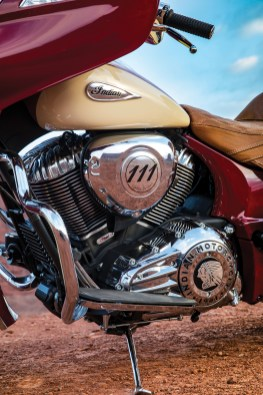 Indian 2017 Roadmaster Classic-11