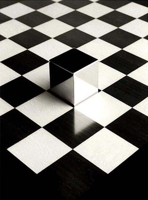 ajedrez y cubo chema madoz