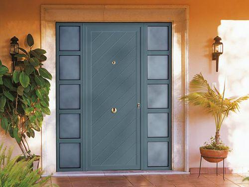 puerta azul aluminio