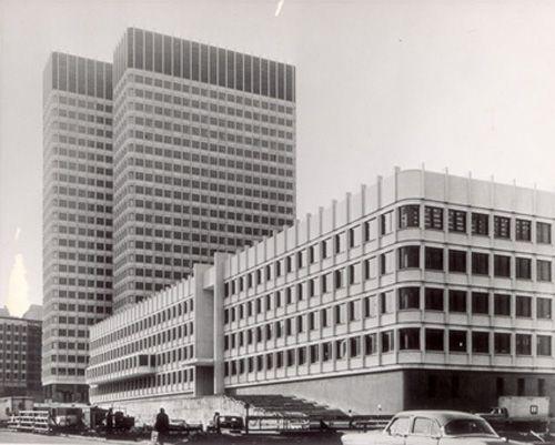 Walter Gropius, pionero de renovación arquitectónica