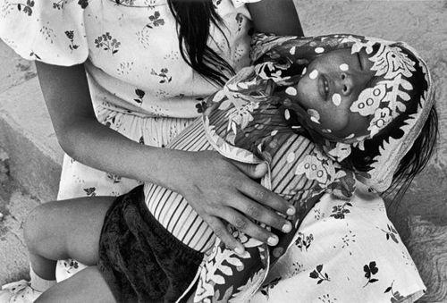 fotografia niño jueves santo artista graciela iturbide