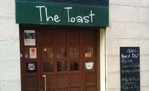 the toast cafe