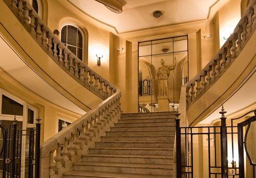 escaleras planta baja cba madrid matavispas.blogspot.com
