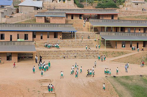 La escuela primaria Umubano del grupo Mass Design