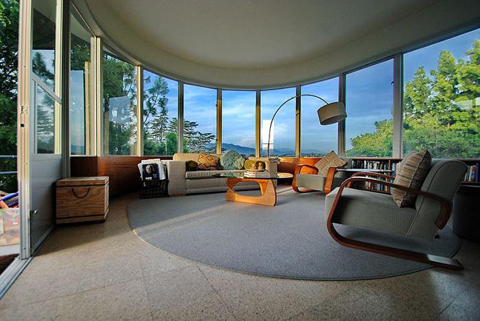 Diseño salón de Raphael Soriano