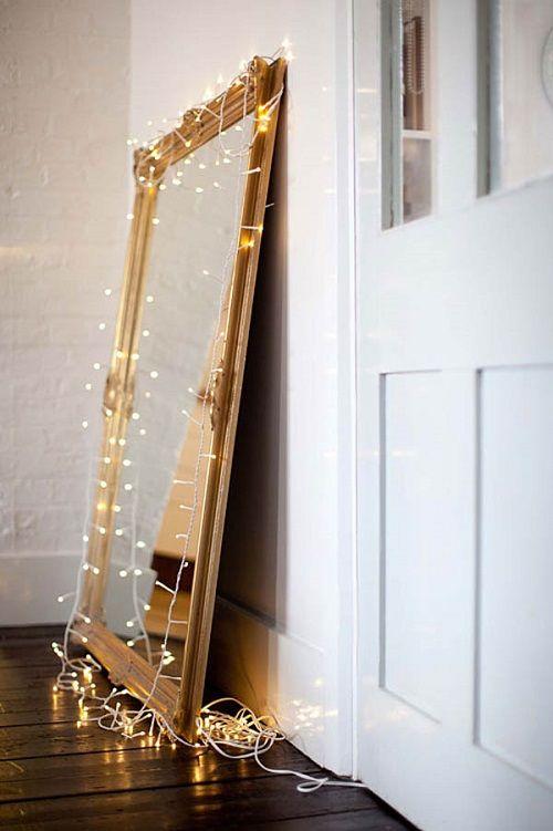 Christmas-Lights-in-Bedroom-35-1-Kindesign