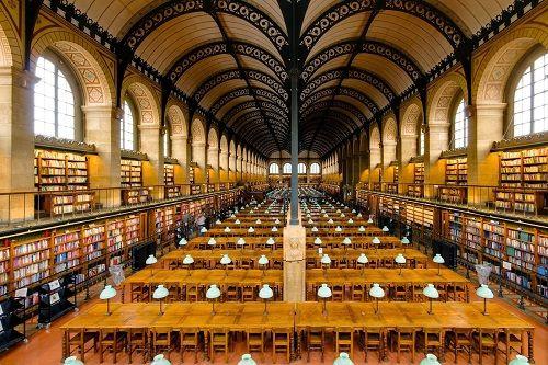 biblioteca de santa genoveva interior