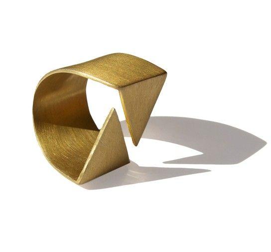 anillo diseñadora joyas barcelona alba casares