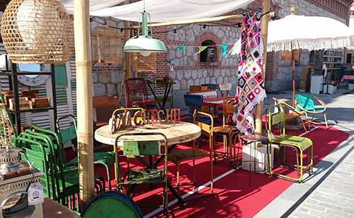 mercado de oficios matadero calma chechu venta muebles restaurados importados