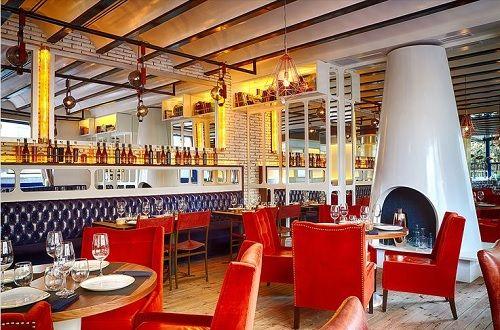 Bar Lobo: Restaurante, terraza & Cocktail Bar