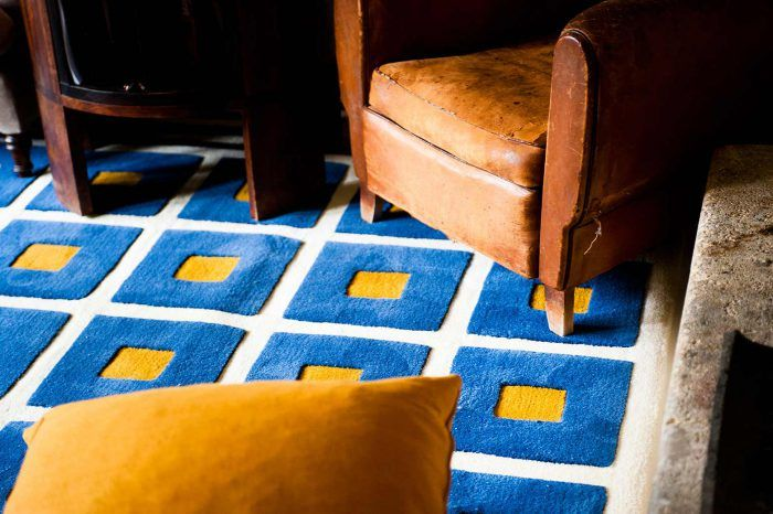 alfombra azul y amarilla kilombo rugs personalizable