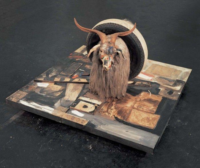 monogram combine rober rauschenberg cabeza carnero cabra rueda collage arte conceptual