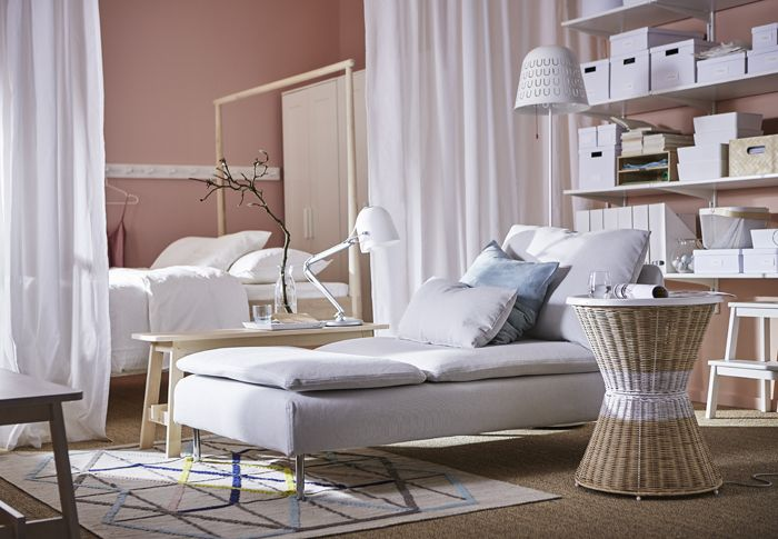 dormitorio madera chaiselongue catalogo IKEA 2017