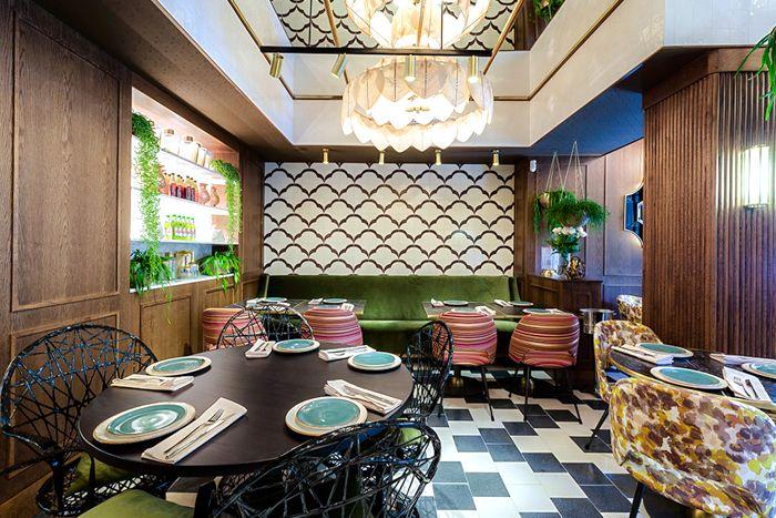 detalle de sala restaurante hindu madrid