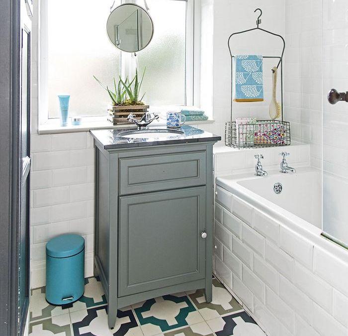 Reformas para realizar en un baño pequeño para que parezca más grande