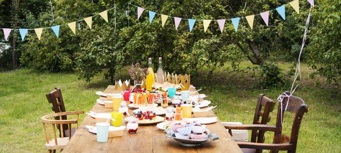 mesa en jardin fiesta