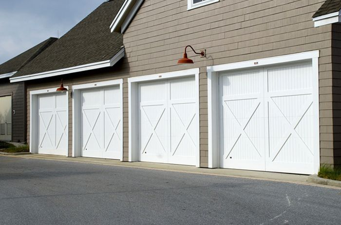 varias puertas de garaje automaticas
