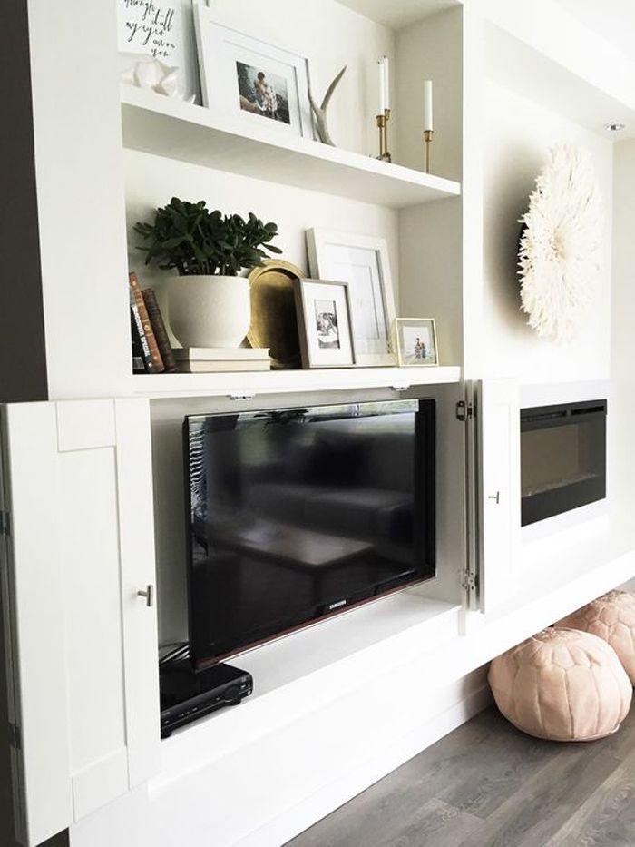 armario bajo cubriendo television