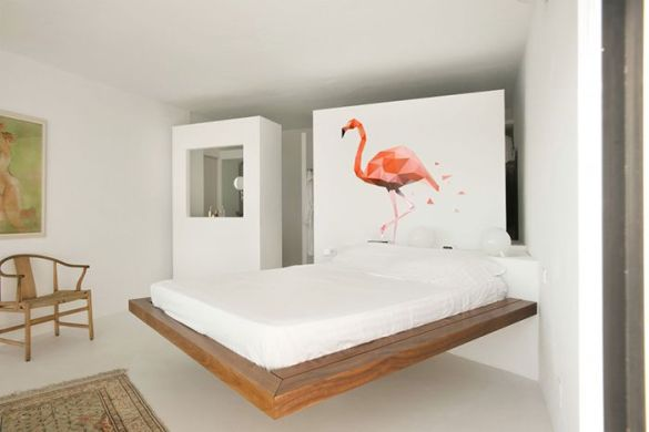 decoracion pared dormitorio pajaro rosado