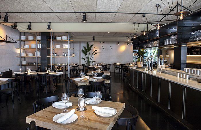 Barra y mesa restaurante cocina mercado Fismuler