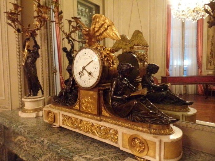 reloj mesa borbones