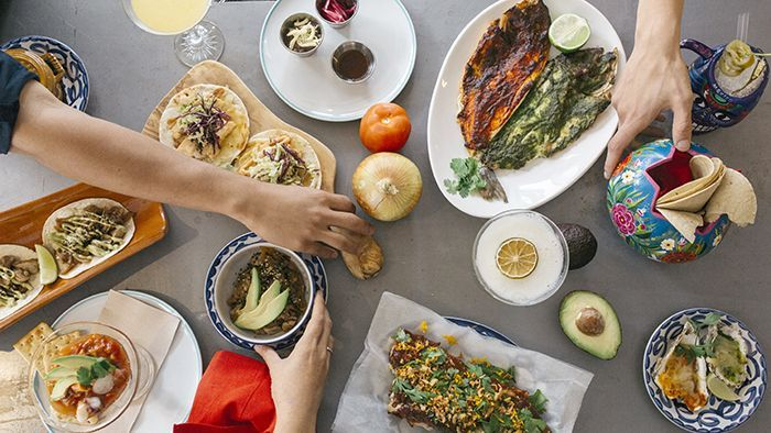 platos tipicos mexicanos restaurante moderno
