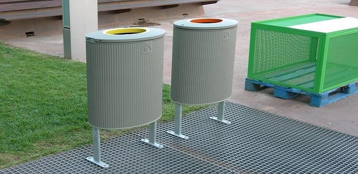 Mobiliario urbano diseño papelera