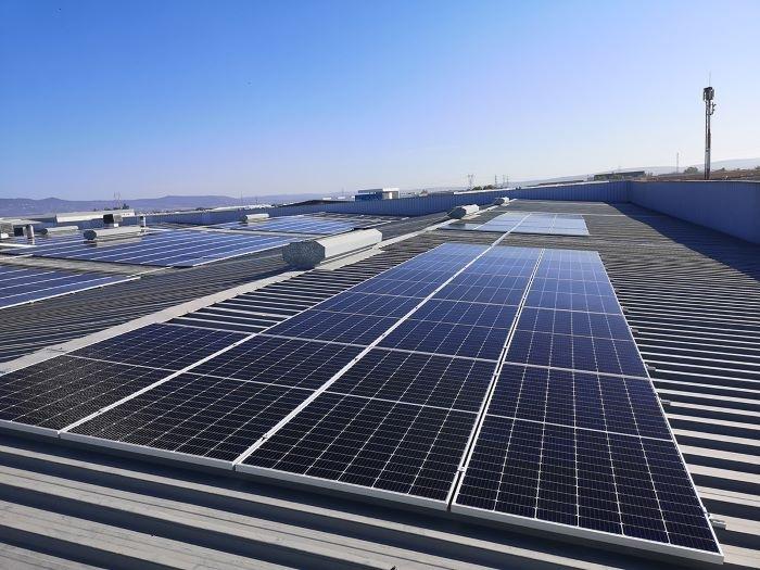 Ventajas de una instalación de placas solares en tu hogar o trabajo