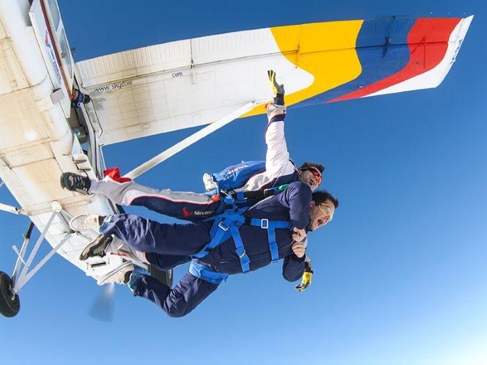 Salto tándem en paracaídas para 1 o 2 personas