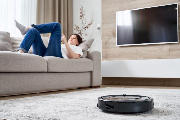 La importancia de la domótica en el hogar por ejemplo con el robot aspirador