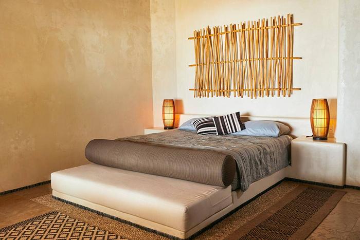 Dormitorio cama de matrimonio diseño bohemio en Villa Blanca, alojamiento de Airbnb en México