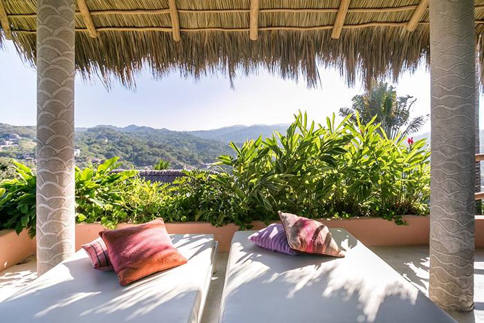 Exterior vistas balcón en Casa Dos Chicos Airbnb México