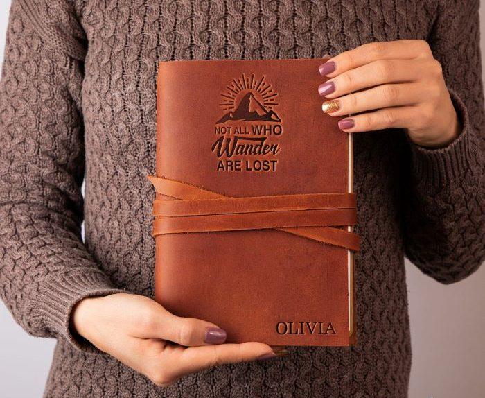 Diario de cuero personalizado para regalar por el día de la madre