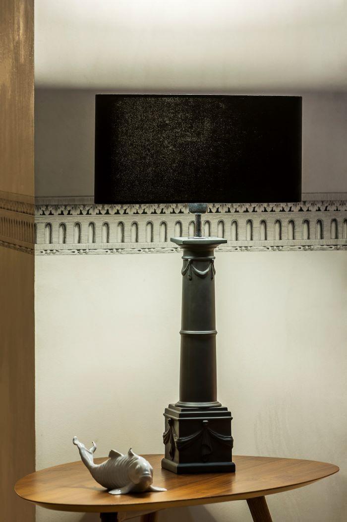 Lámpara negra COLUNA de Vista Alegre