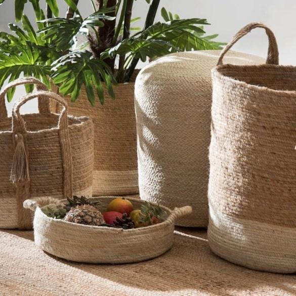 Diferentes tamaños de cestas de yute para regalar en el día de la madre de Leroy Merlin