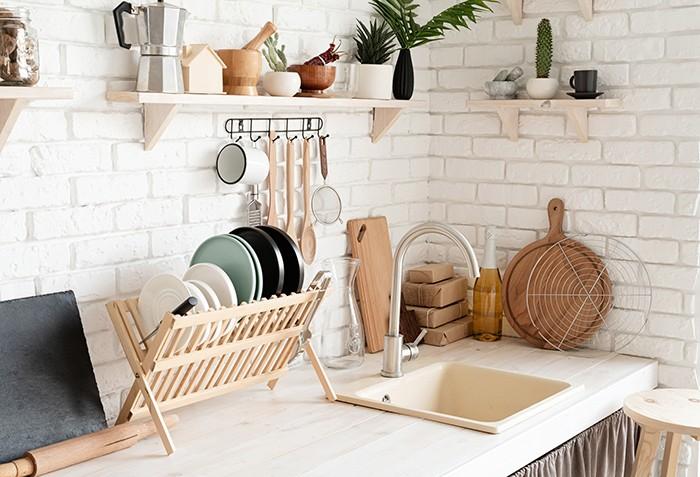 Estanterías para cocinas sin armarios superiores