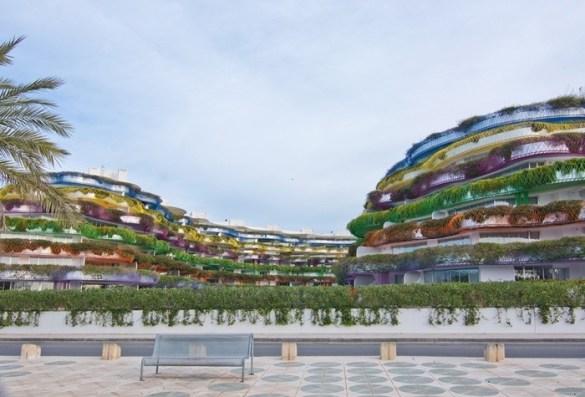fachada apartamentos colores