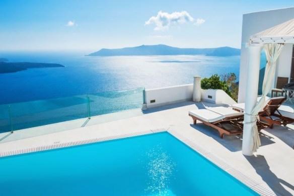 Espectacular alojamiento con piscina y vistas al mar