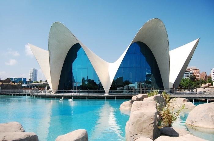 edificio parabolas hiperbolicas valencia