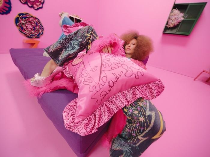 KARISMATISK, la colección más 'punk' de IKEA en colaboración con Zandra Rhodes