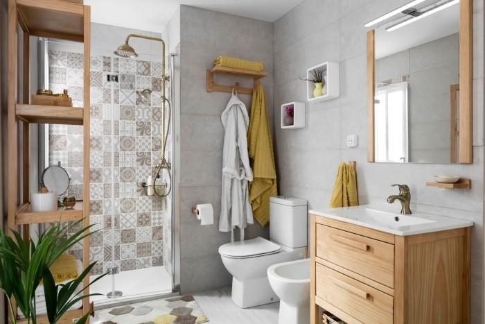 Selección de espejos para todos los tipos de baños