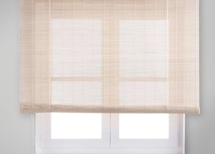 persiana beige ventana