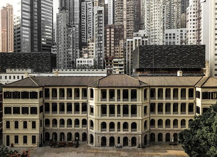 edificio fachada arcos